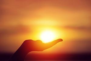 Potrzebna ekspozycja na słońce. Chodzi nie tylko o witaminę D, ale i komórki odpornościowe [© pavel Chernobrivets - Fotolia.com]