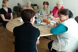 Poznańscy Seniorzy pomagają dzieciom [fot. CREO]