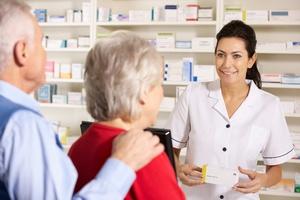 """""""Pozwólcie pomagać"""" - akcja na rzecz tańszych leków dla seniorów [© Monkey Business - Fotolia.com]"""
