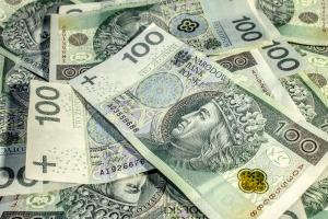 Pożyczasz pieniądze rodzinie? Sprawdź co musisz wiedzieć [Fot. h3roc - Fotolia.com]