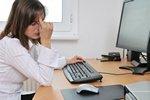 Pracując przed komputerem, zadbaj o kondycję oczu