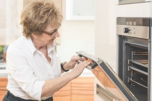 Prąd marnujemy w kuchni [© coldwaterman - Fotolia.com]
