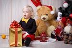 Prezent świąteczny dla dziecka - uwaga na niebezpieczne zabawki [© gera2009 - Fotolia.com]