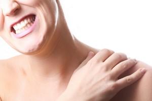 Problemy z kręgosłupem? Przyczynę możesz znaleźć w... ustach [© djma - Fotolia.comm, Ból pleców]