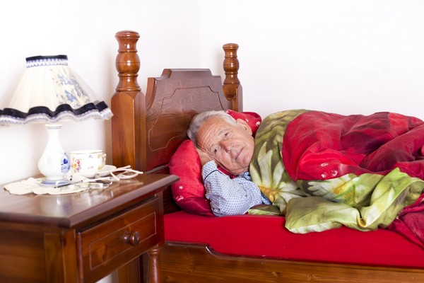 Problemy z zasypianiem wskazują na przyszłą demencję [fot. Budimir Jevtic - Fotolia.com]
