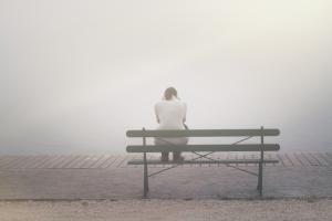 Problemy ze snem zwiększają poczucie samotności [Fot. Black Brush - Fotolia.com]
