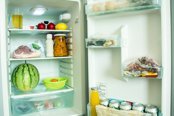 Produkty w lodówce: gdzie i w jaki sposób przechowywać [Fot. 利 周 - Fotolia.com]