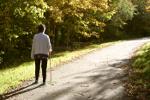 Program spacerów dla osób dojrzałych - zaplanuj odpowiednie ćwiczenia [© Graça Victoria - Fotolia.com]