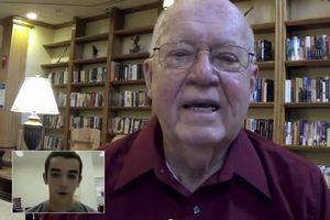 Projekt Speaking Exchange - amerykańscy emeryci uczą języka angielskiego [fot. FCB Brasil]
