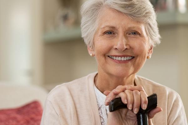 Prosty i skuteczny sposób zwiększenie poczucia szczęście - uśmiechaj się [Fot. Rido - Fotolia.com]