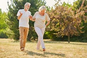 Prosty sposób na lepszą pamięć: spacer po parku [© Robert Kneschke - Fotolia.com]