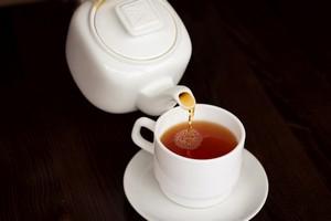 Prosty sposób na zdrowe zęby: trzeba pić czarną herbatę [© maryannfoto - Fotolia.com]
