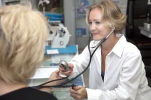 Przedwczesna menopauza oznacza wyższe ryzyko złamań [© Remzi - Fotolia.com]