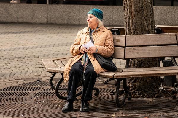 Przejście na emeryturę nie sprzyja zdrowiu? [fot.  Manuel Alvarez z Pixabay]