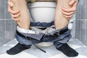 Przewlekłe zaparcia - winna jest dieta i siedzący styl życia [Fot. vchalup - Fotolia.com]
