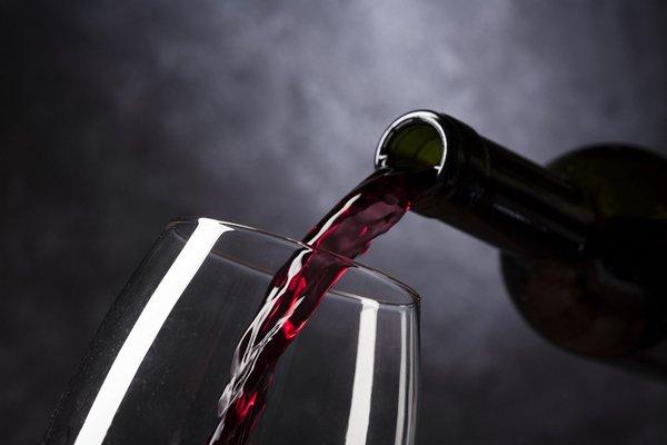 Resweratrol pomaga zdrowo się starzeć [fot. inotecarium from Pixabay]