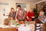 Rodzinny posiłek dobry dla diety [© micromonkey - Fotolia.com]