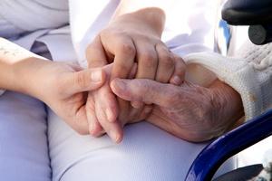 Rola opiekuna to coś więcej niż czynności pielęgnacyjne [© gilles lougassi - Fotolia.com]