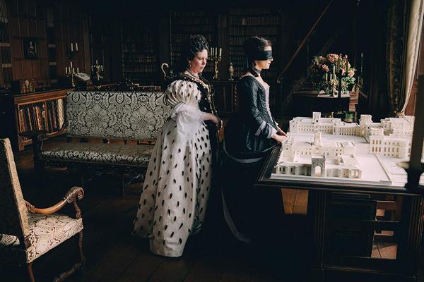 """""""Roma"""" i """"Faworyta"""" zwycięzcami nagród BAFTA 2019 [Olivia Colman i Rachel Weisz fot.  Imperial - Cinepix]"""