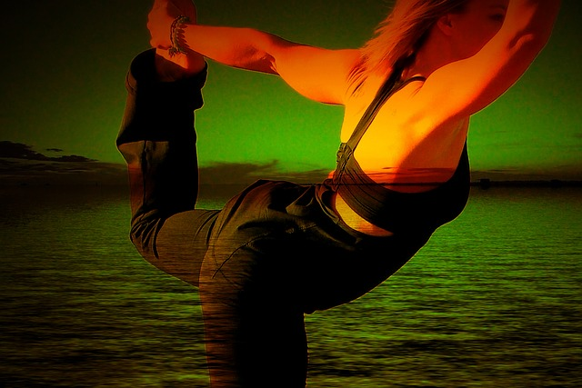 Rozciąganie nóg pomaga uchronić się przed chorobami serca i udarem [fot. Gerd Altmann from Pixabay]
