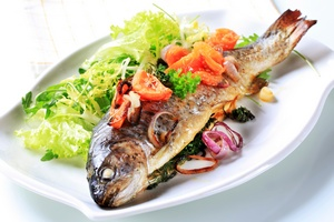 Ryby i aktywność fizyczna chronią przed rakiem jelita grubego [©  Viktor - Fotolia.com]