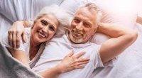 Rzadko uprawiasz seks? Może dotyczyć cię wcześniejsza menopauza
