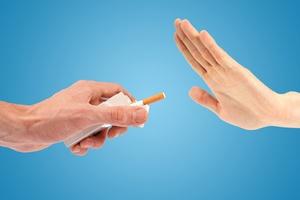 Rzucenie palenia pomaga poprawić zdrowie psychiczne [© ronstik - Fotolia.com]