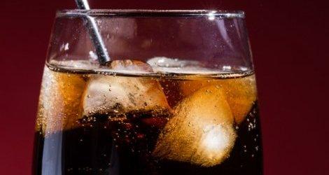 Słodkie napoje przniosą ci... udar lub zawał