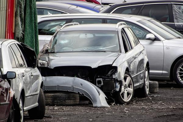 Samochody Polaków w fatalnym stanie technicznym [Fot. mino21 - Fotolia.com]