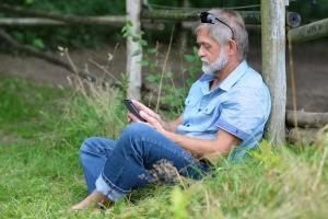 Samotność a uzależnienie od cyfrowych technologii [Fot. Thomas Mucha - Fotolia.com]