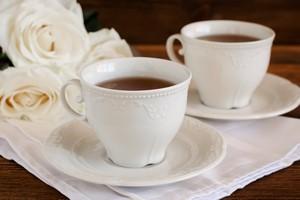 Savoir vivre przy filiżance herbaty [© del_alma - Fotolia.com]
