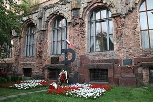 Sejm uczcił ludność powstańczej Warszawy [© endersona - Fotolia.com]