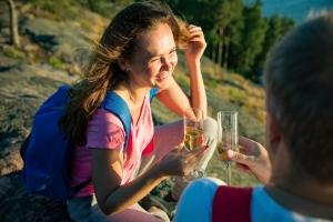 Sekret długiego życia: kwadrans ćwiczeń i lampka wina dziennie [Fot. ladysuzi - Fotolia.com]