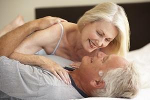 Seks w starszym wieku - dobry dla zdrowia kobiet, ale nie dla mężczyzn? [© Monkey Business - Fotolia.com]