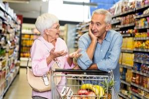 Senior-konsument ma swoje prawa [Fot. WavebreakMediaMicro - Fotolia.com]