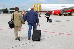 Senior na pokładzie: 14 wskazówek jak przygotować się do lotu samolotem? [© Kara - Fotolia.com]