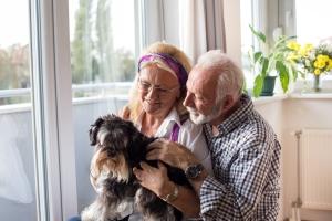 Seniorski czas - dlaczego to najlepszy etap w życiu [Fot. Budimir Jevtic - Fotolia.com]