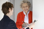 Seniorze, pilnuj swoich pieniędzy. Uważaj na oszustów! [© edbockstock - Fotolia.com]