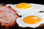 Seniorzy a dieta niskowęglowodanowa i wysokotłuszczowa [© Patryk Kosmider - Fotolia.com]