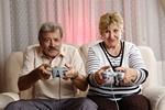 Seniorzy do konsoli! Cyberrzeczywistość wzmacnia funkcje poznawcze [© Dron - Fotolia.com]