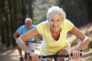 Seniorzy i sport? To dobrana para [© Monkey Business - Fotolia.com]