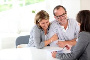 Seniorzy na celowniku firm ubezpieczeniowych [© goodluz - Fotolia.com]