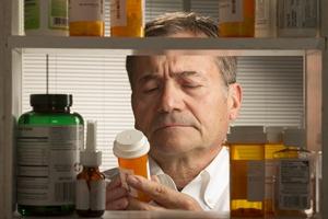 Seniorzy na haju? Dojrzali Amerykanie masowo zażywają leki narkotyczne [© Burlingham - Fotolia.com]