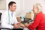 Seniorzy się nie leczą, bo nie chcą być postrzegani jako... hipochondrycy [© Monkey Business - Fotolia.com]