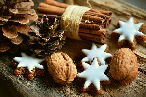 Sezon świąteczny to wyższy stres - naucz się nim zarządzać [fot.  congerdesign z Pixabay]