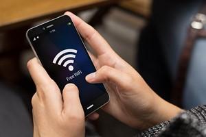 Sieci Wi-Fi: uważaj na bezpieczeństwo [© georgejmclittle - Fotolia.com]