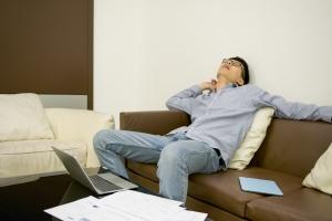 Siedzący tryb życia odpowiada za 4 proc. śmierci [Fot. tam - Fotolia.com]