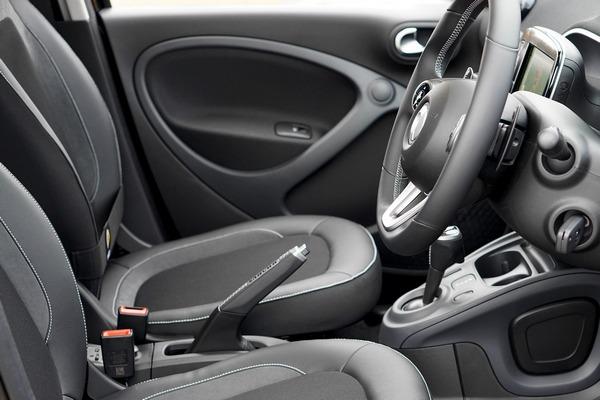 Siedzenia samochodowe mogą zagrażać zdrowiu? [fot. MikesPhotos from Pixabay]