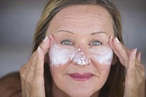 Skóra z problemami: jak dbać o jej zdrowy wygląd w zależności od rodzaju zmian? [© roboriginal - Fotolia.com]
