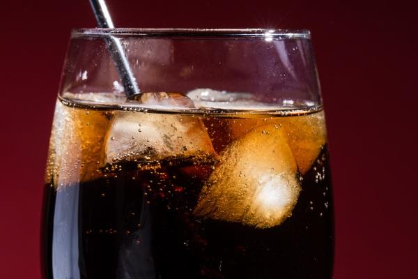 Słodkie napoje przniosą ci... udar lub zawał [Fot. vfhnb12 - Fotolia.com]